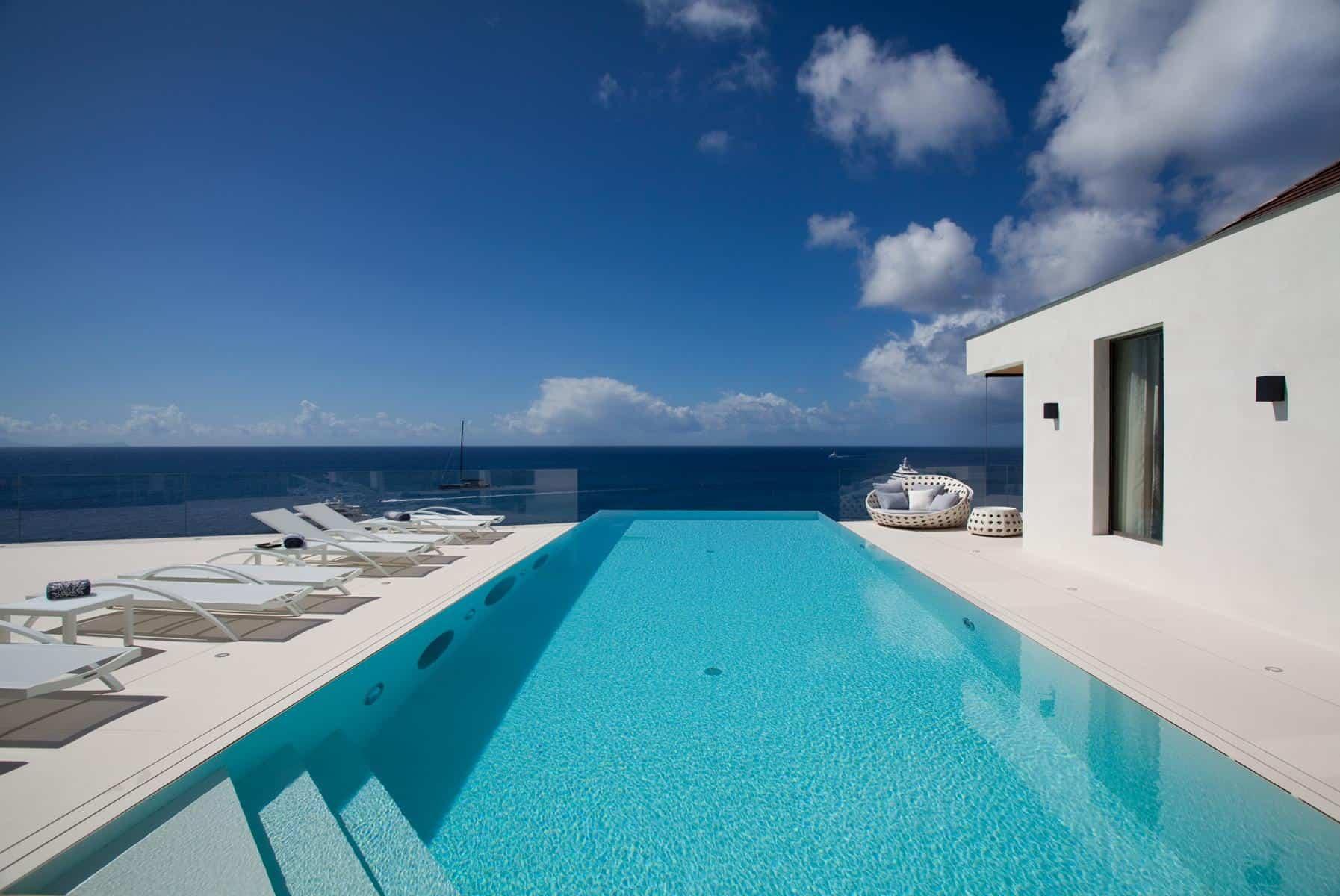 5 Ultimate Contemporary Villas
