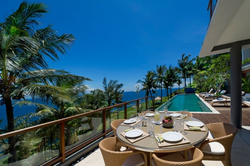 Villas with Panoramic Views