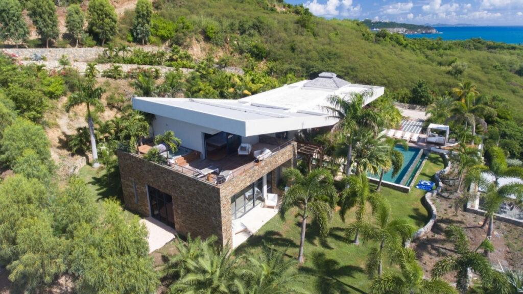 Villa Emeraude in St Martin near one of the best beaches