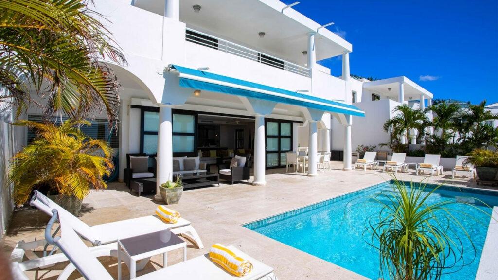 Villa Farniente in St Martin near one of the best beaches Cupecoy Beach