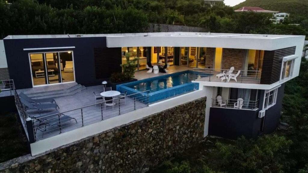 Villa L'Agua in Saint Martin near Dawn Beach