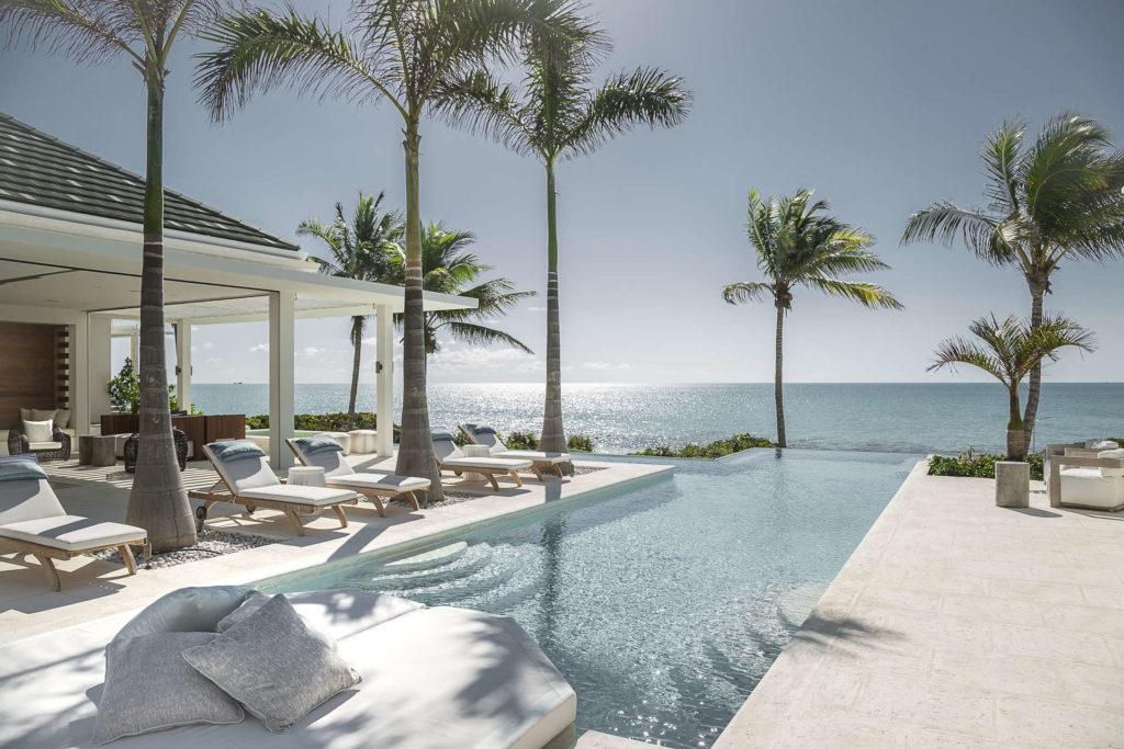 Luxury villa rentals caribbean - Turks and caicos - Providenciales - Grace bay club - La Dolce Vita Villa