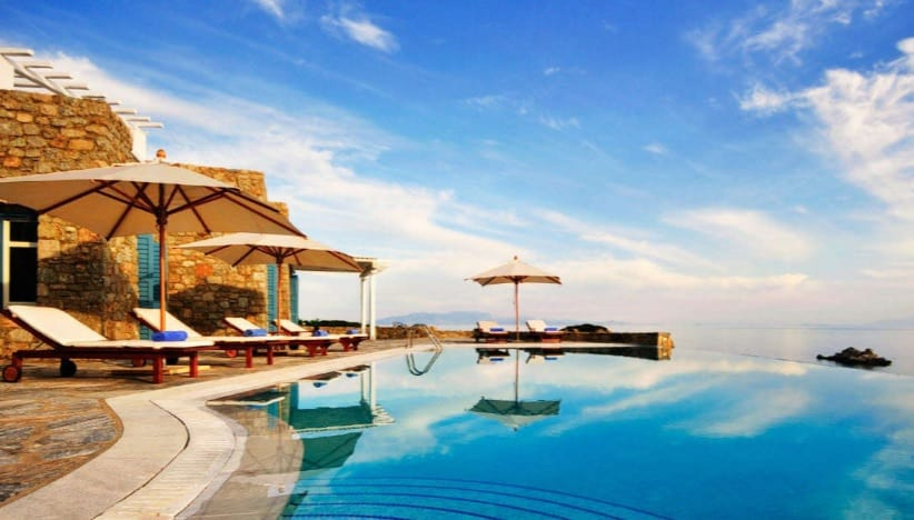 tips for summer vacation greece