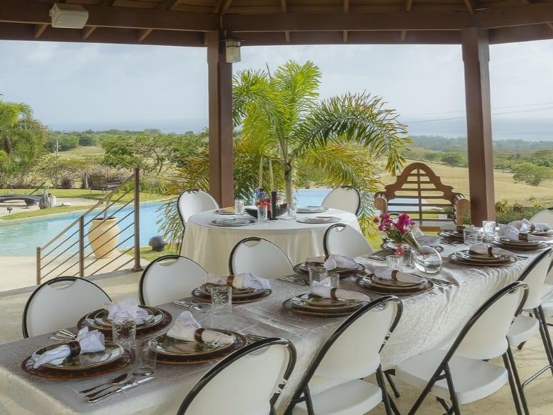 destination wedding barbados table