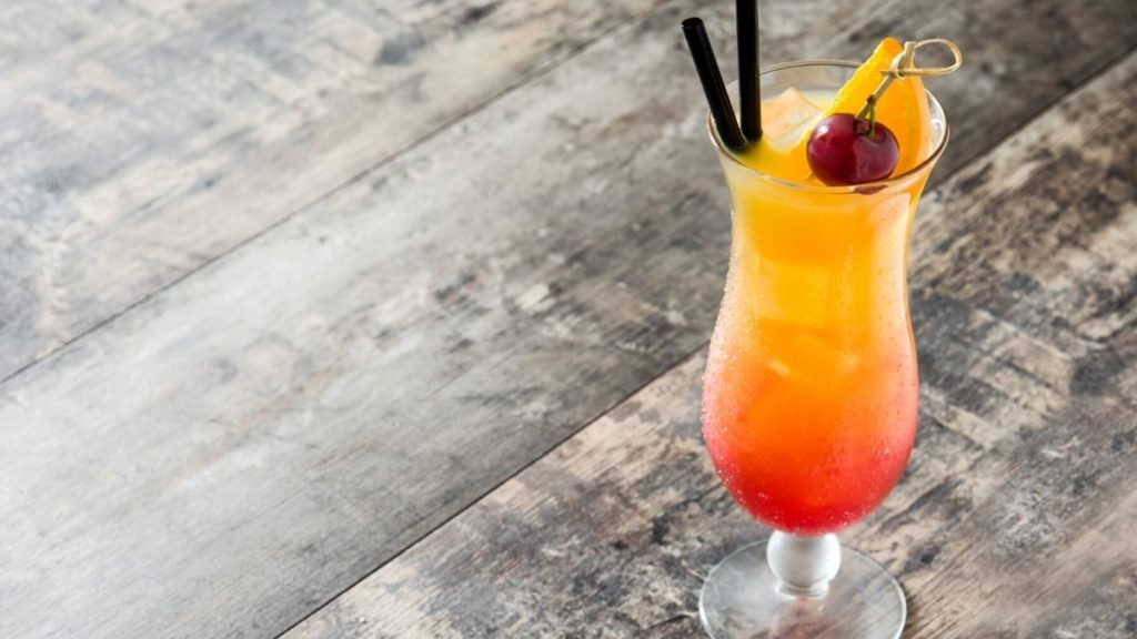 Delicious Bahama Mama Cocktail