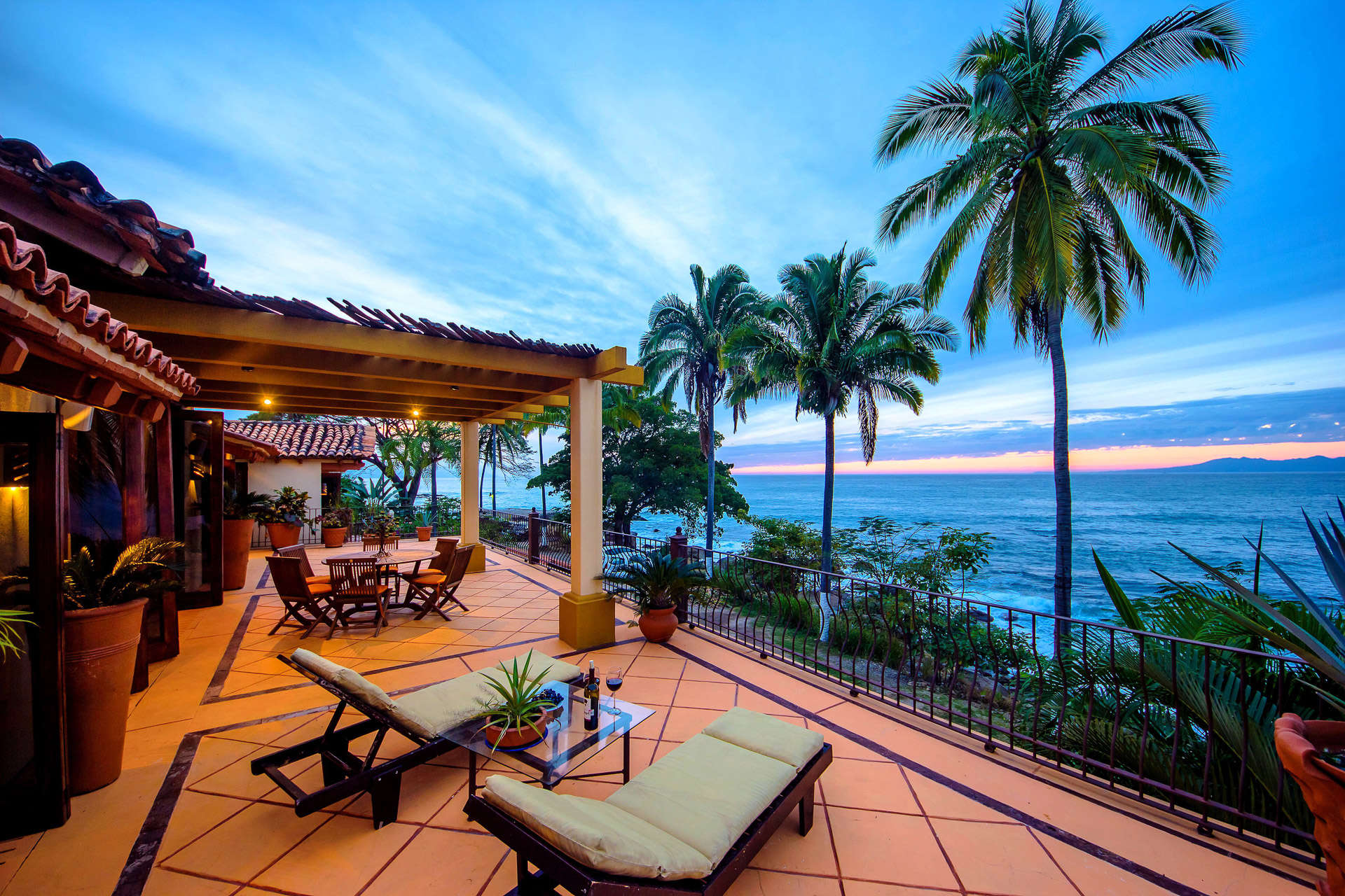 Luxury vacation rentals mexico - Puerto vallarta - Conchas chinas - No location 4 - Casa las Amapas - Image 1/17
