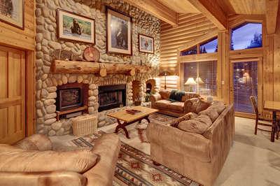 2 Bedroom Spa | Black Bear Lodge
