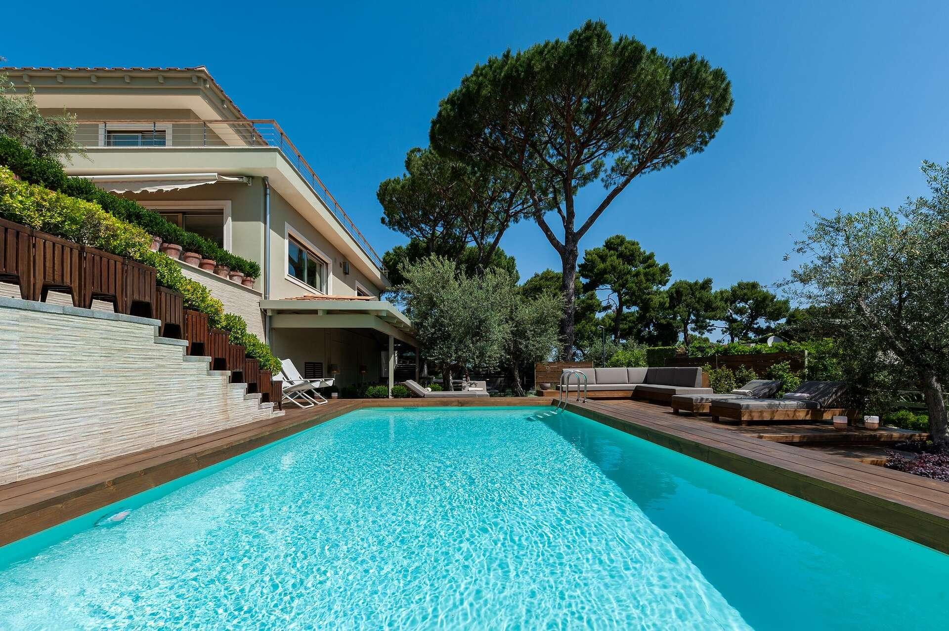 - Sorrento Villa - Image 1/36