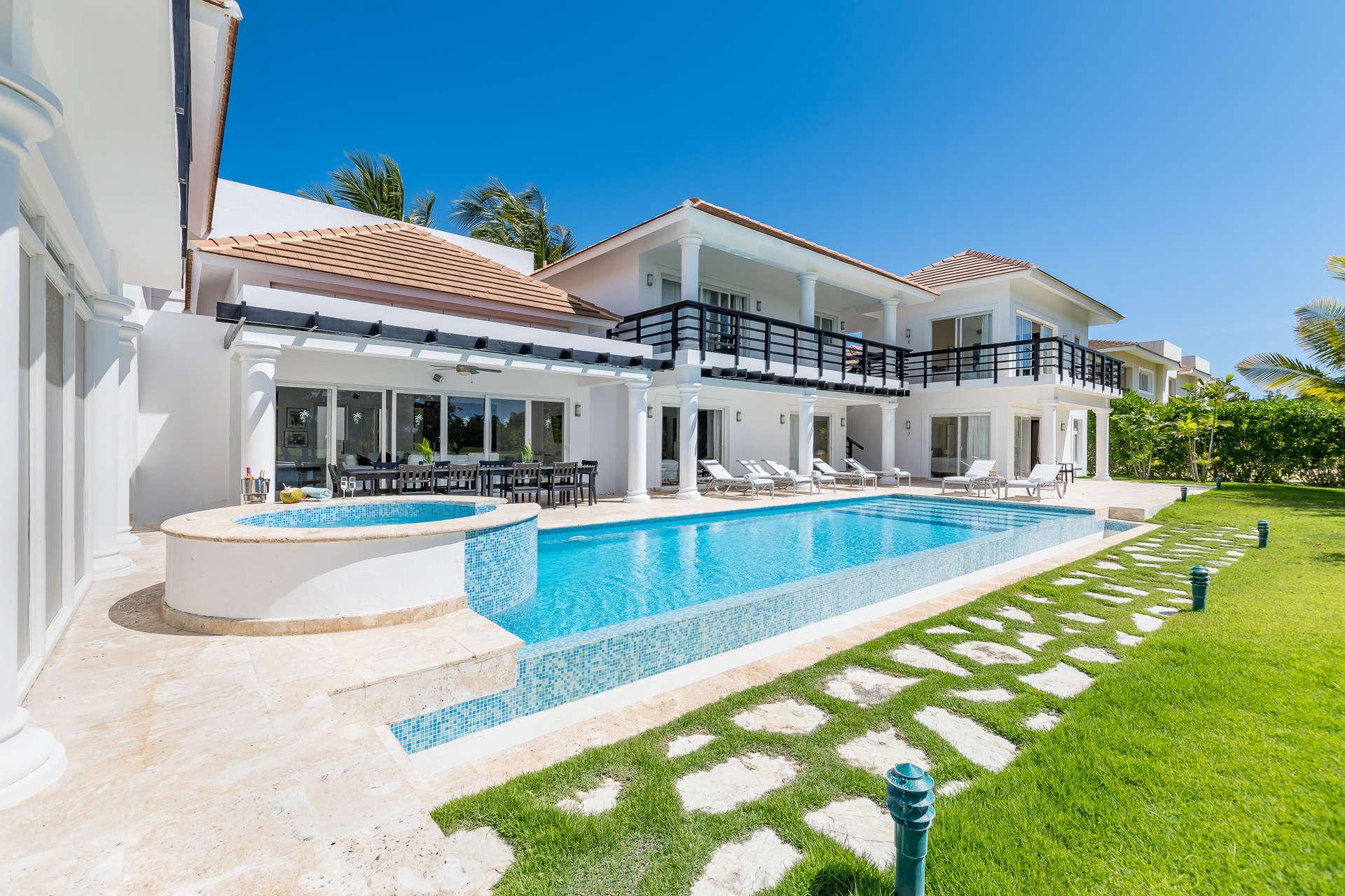 Luxury villa rentals caribbean - Dominican republic - Punta cana - Bavaro - Lake View Villa - Image 1/33