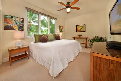 Third Bedroom Suite - Set as a King Bed