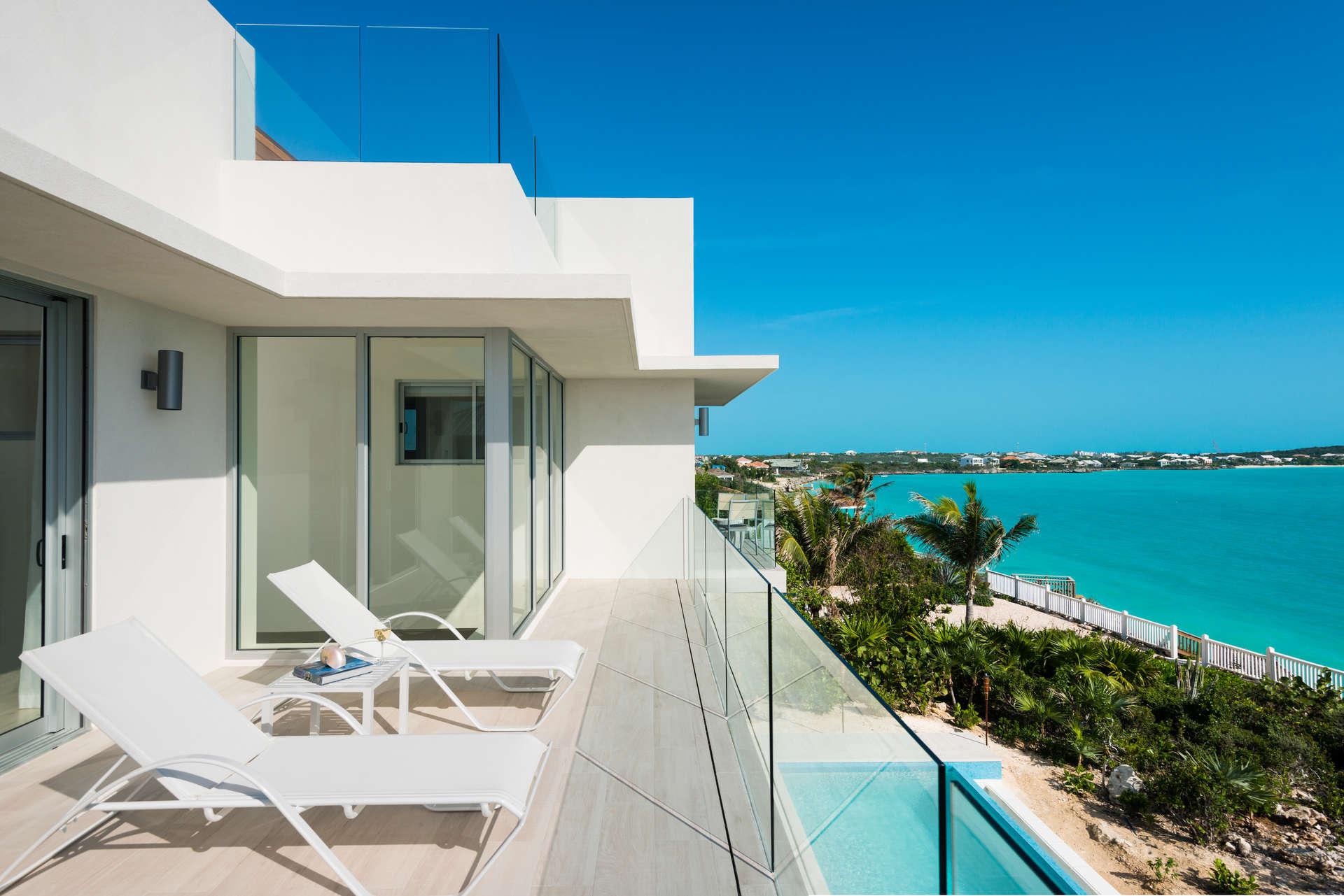 Luxury villa rentals caribbean - Turks and caicos - Providenciales - Oceanpoint - Villa Sol y Luna - Image 1/21
