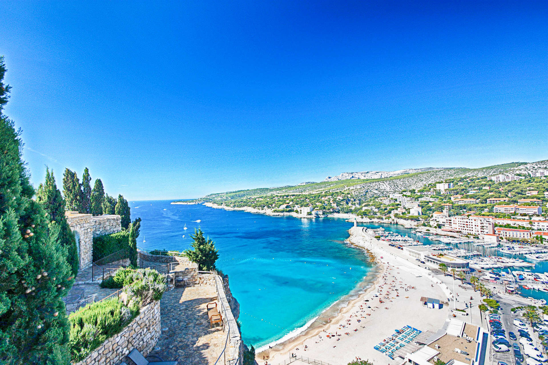 Luxury vacation rentals europe - France - Provence - Cassis - Chateau de Cassis - Image 1/32