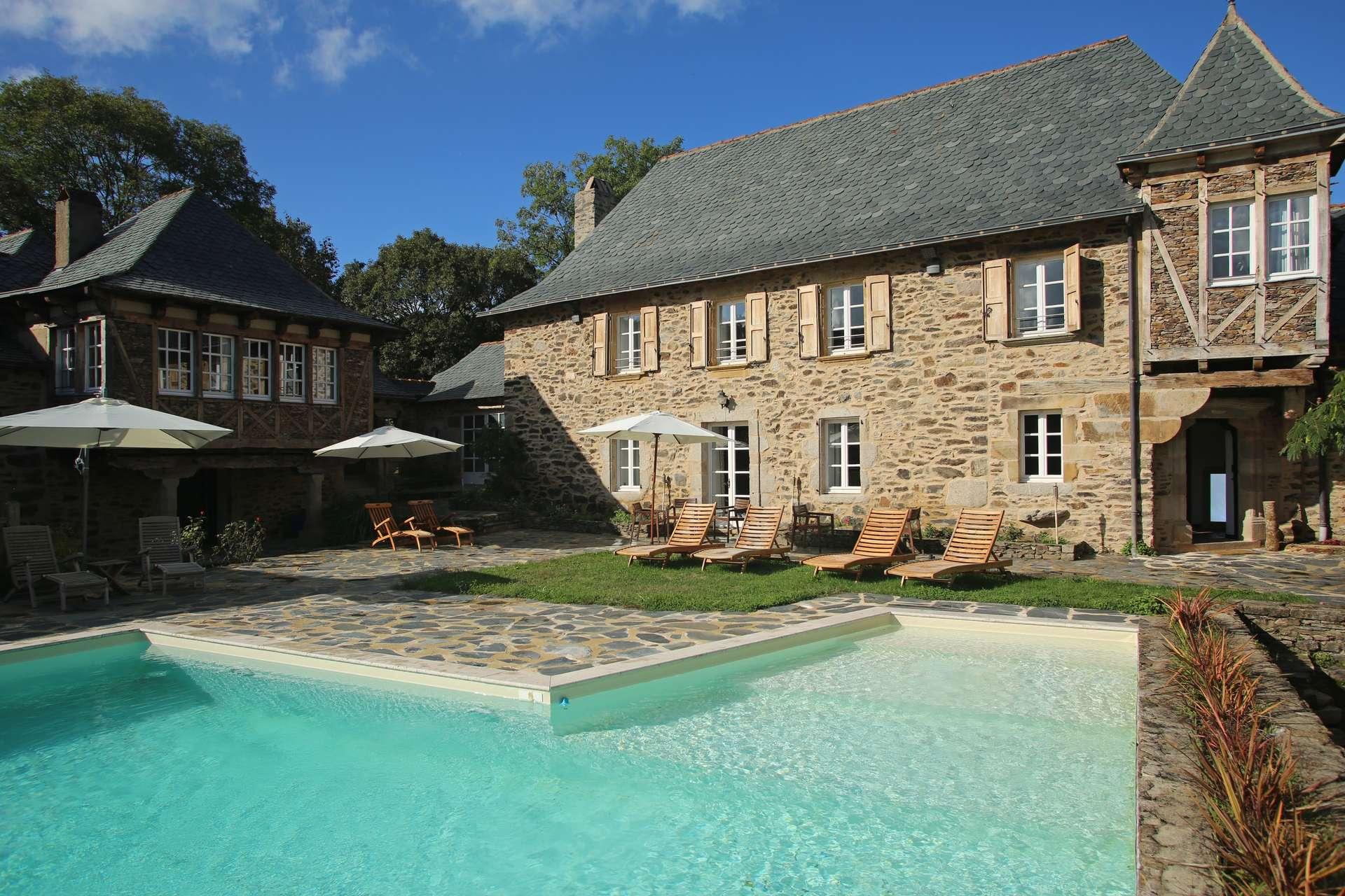 Luxury vacation rentals europe - France - Southwest france - Aveyron - Chateau en Rouergue - Image 1/19