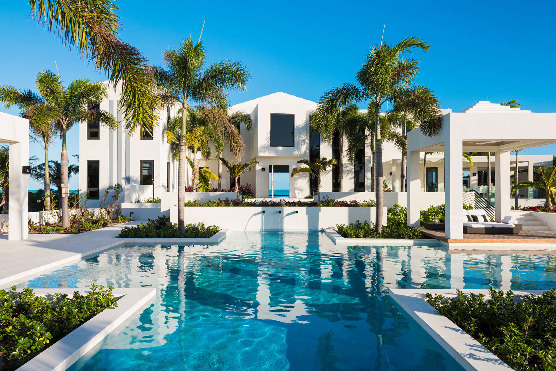 Luxury villa rentals caribbean - Turks and caicos - Providenciales - Long bay - Triton Luxury Beach Villa - Image 1/42