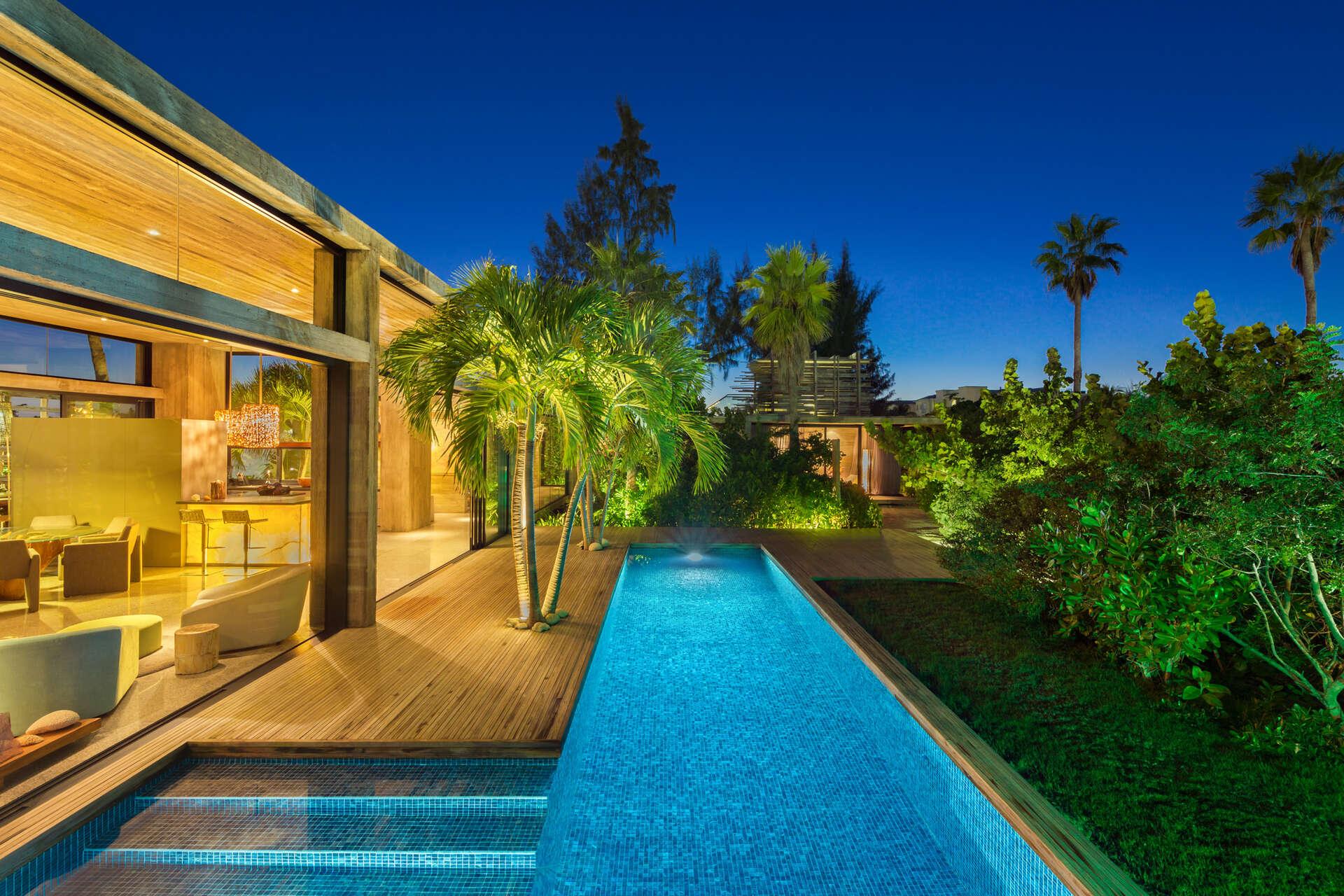 Luxury villa rentals caribbean - Turks and caicos - Providenciales - Grace bay - Villa Islander - Image 1/31