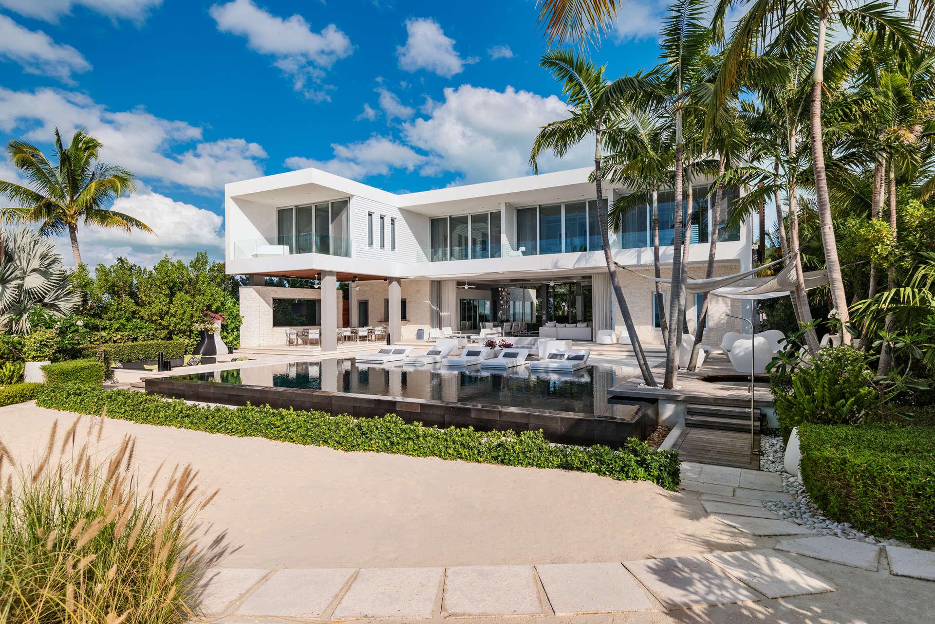 Luxury villa rentals caribbean - Turks and caicos - Providenciales - Grace bay - Villa Awa - Image 1/27