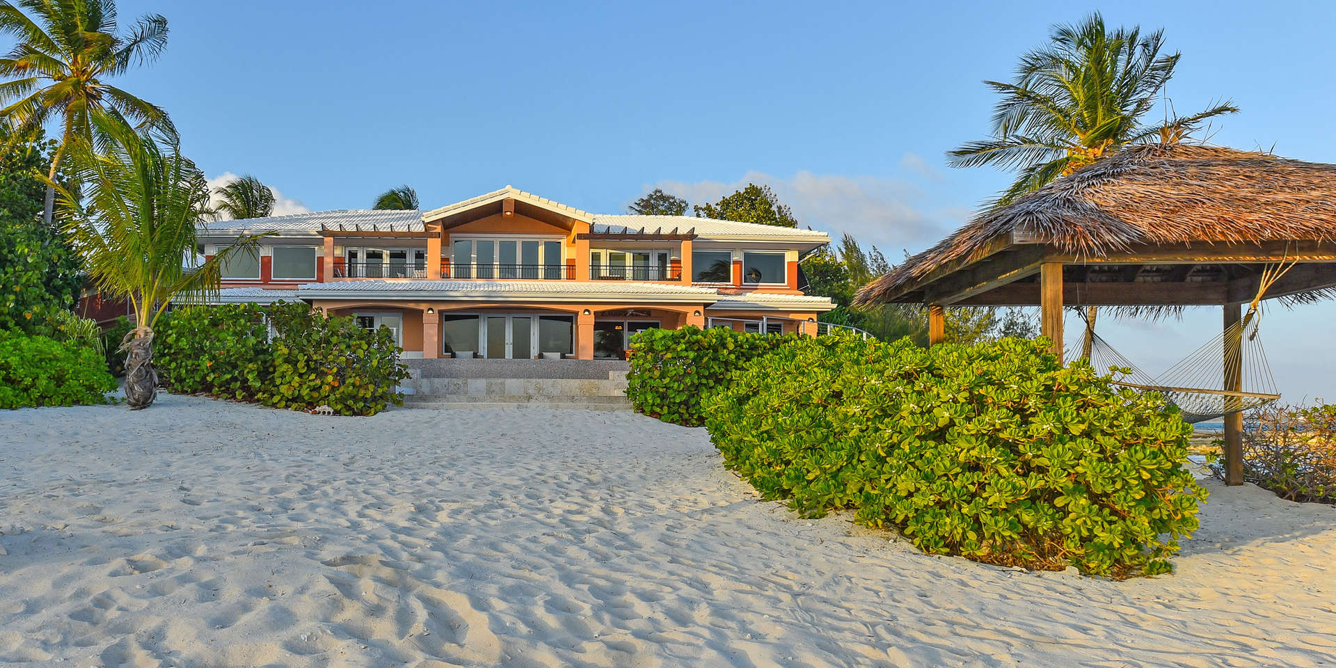 Luxury villa rentals caribbean - Cayman islands - Grand cayman - Bodden town - Pease Bay Estate - Image 1/19