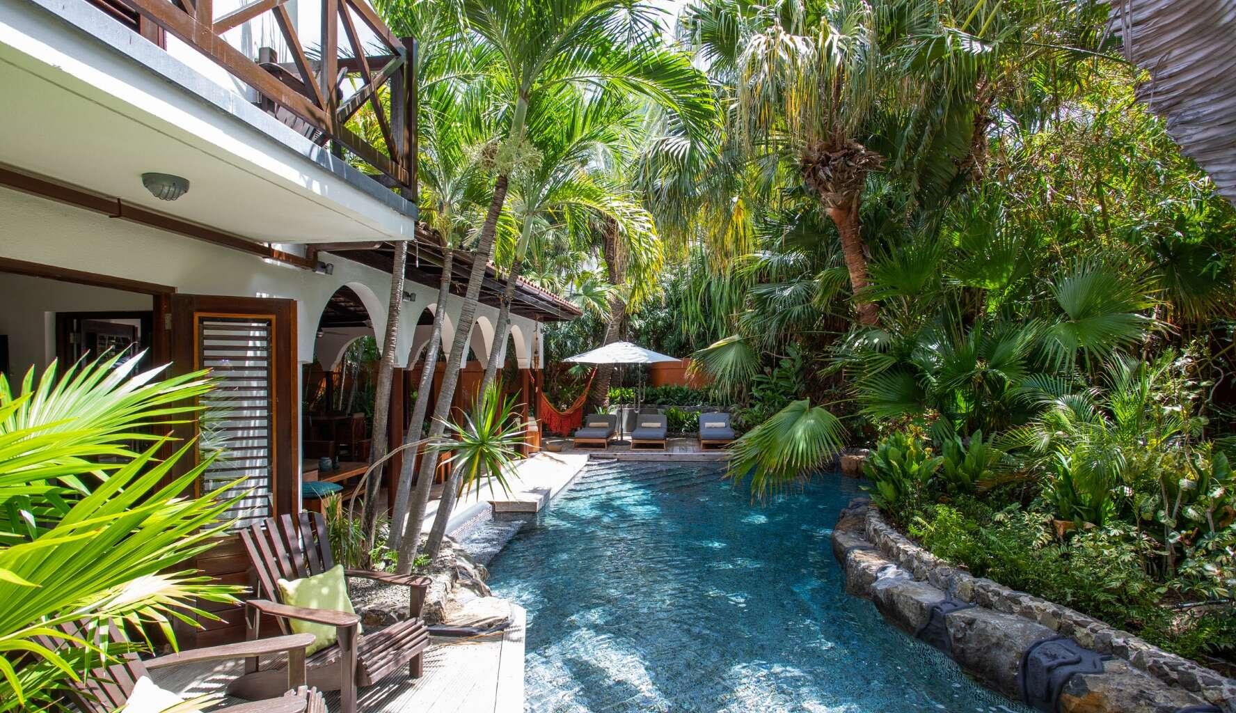 - Superior Private Pool Villa - Image 1/15