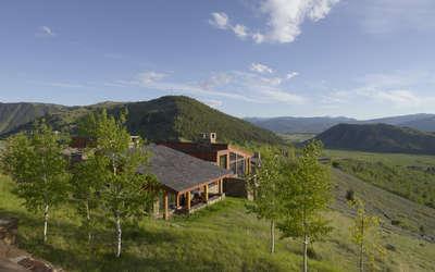 Amangani East Tatanka Home