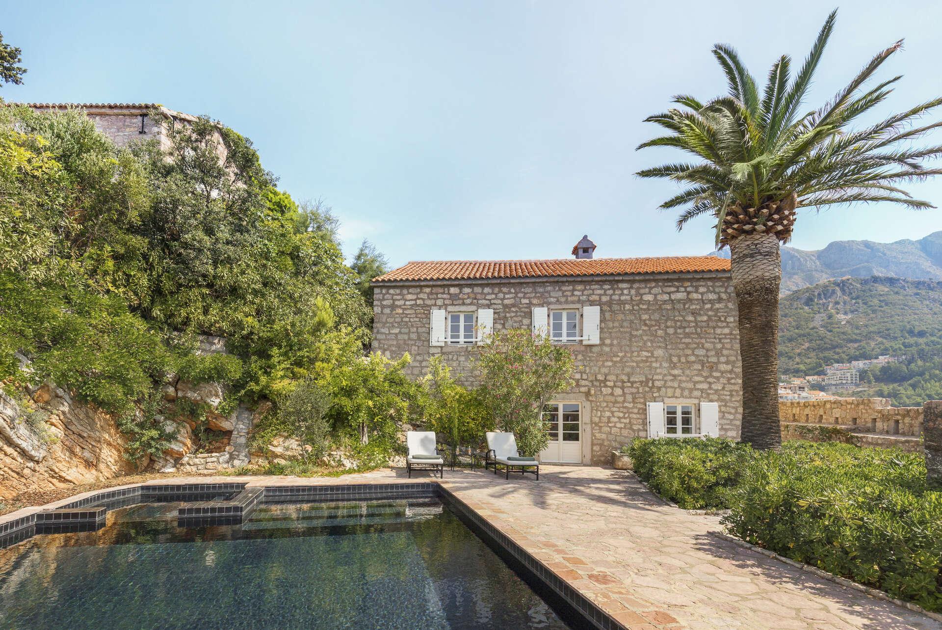 Luxury vacation rentals europe - Montenegro - Aman sveti stefan - No location 4 - Sveti Stefan Suite - Image 1/28
