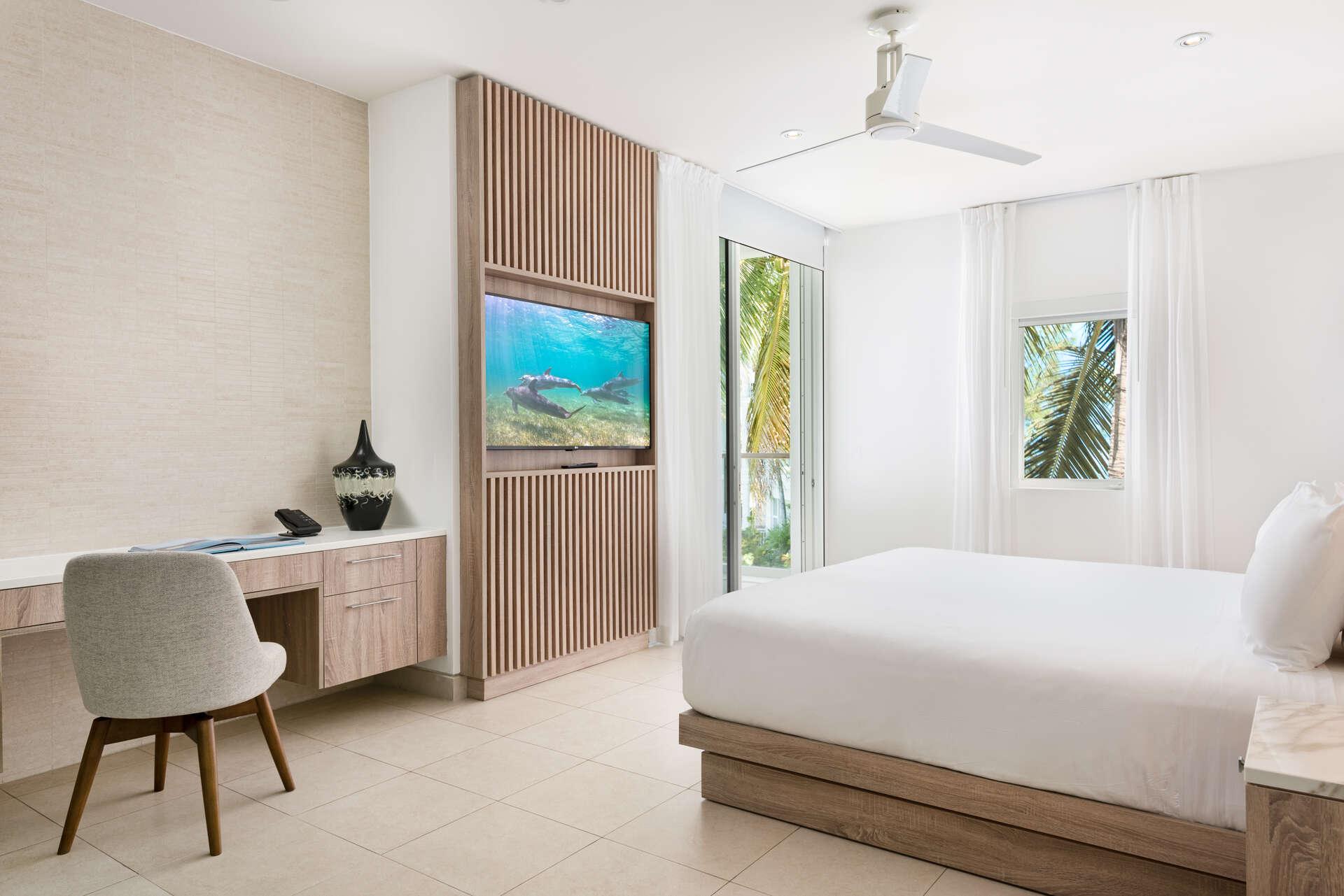 - Ocean View Studio - Image 1/8