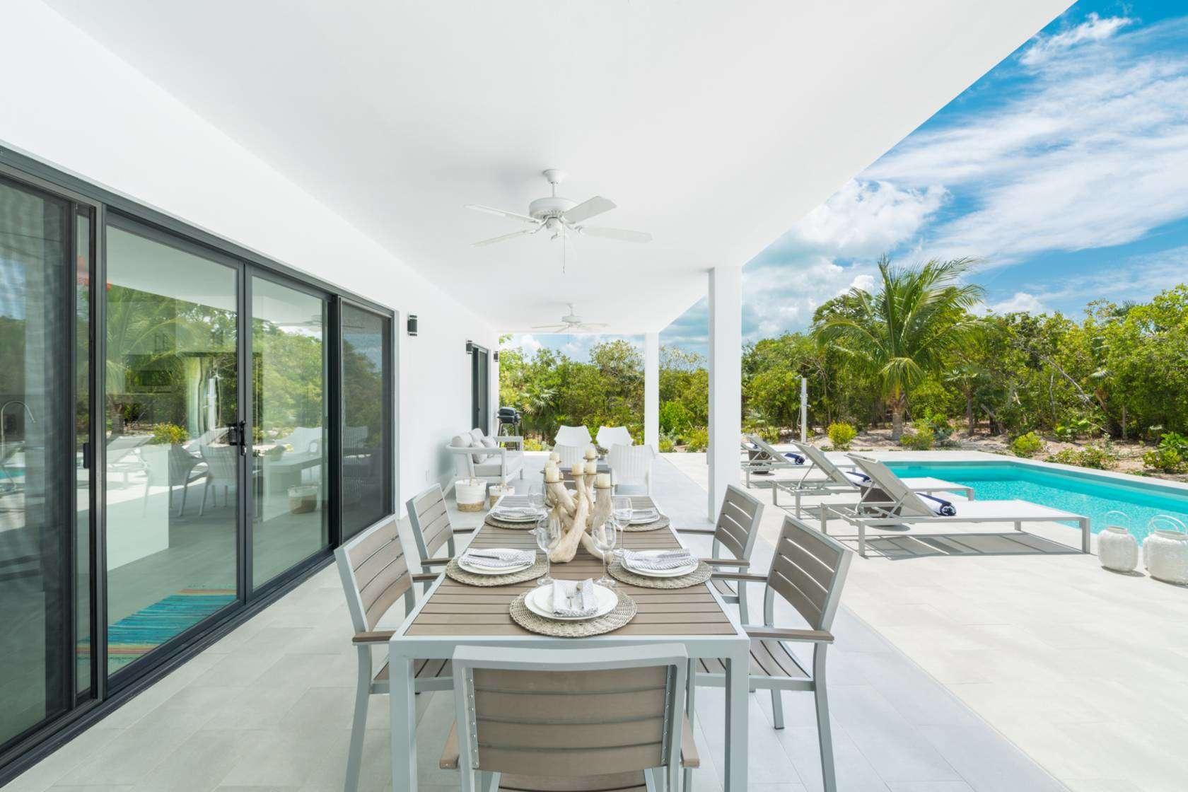 Luxury villa rentals caribbean - Turks and caicos - Providenciales - Grace bay - Tradewinds Villa - Image 1/16