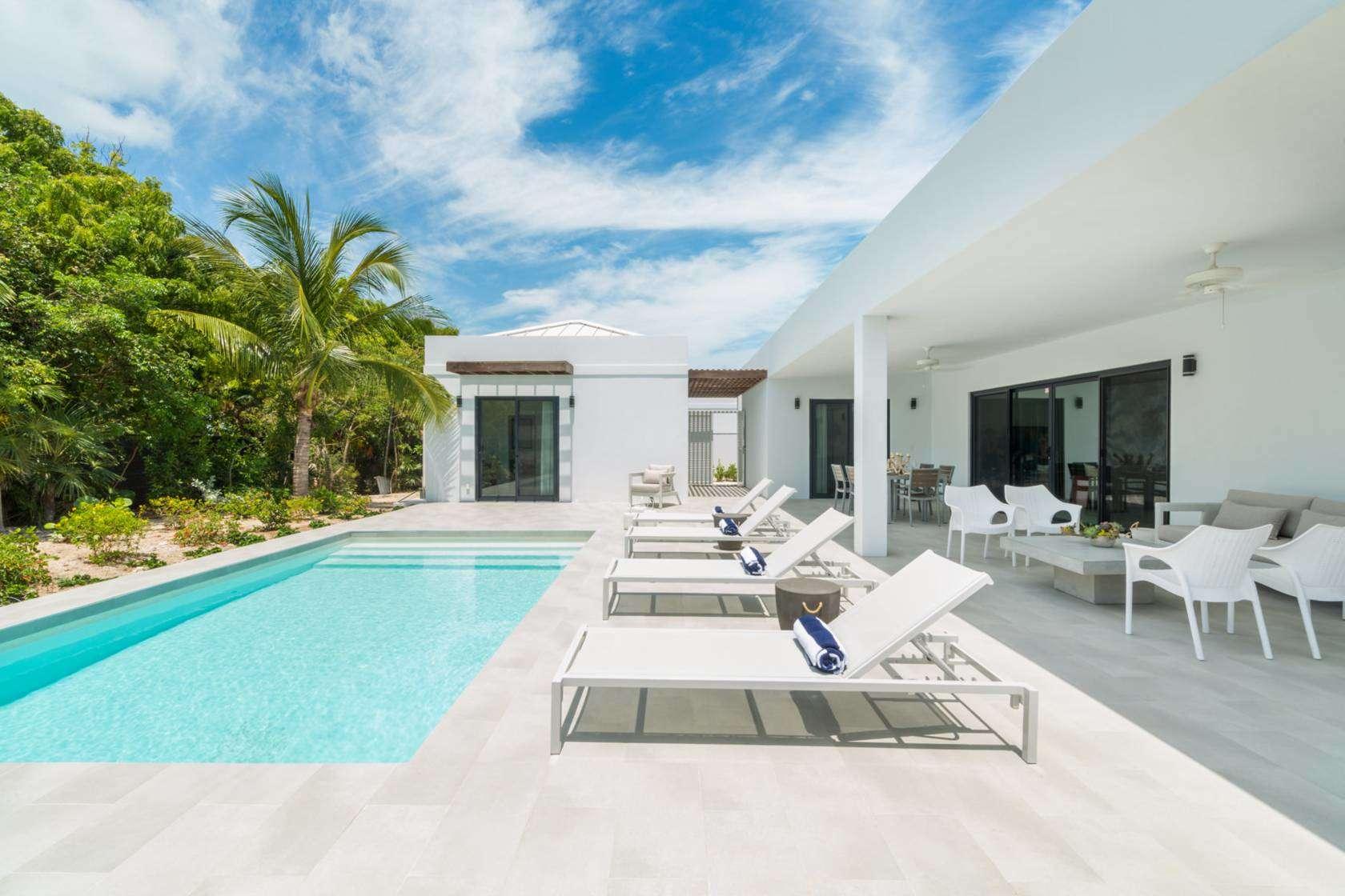 - Tradewinds Villa - Image 1/20