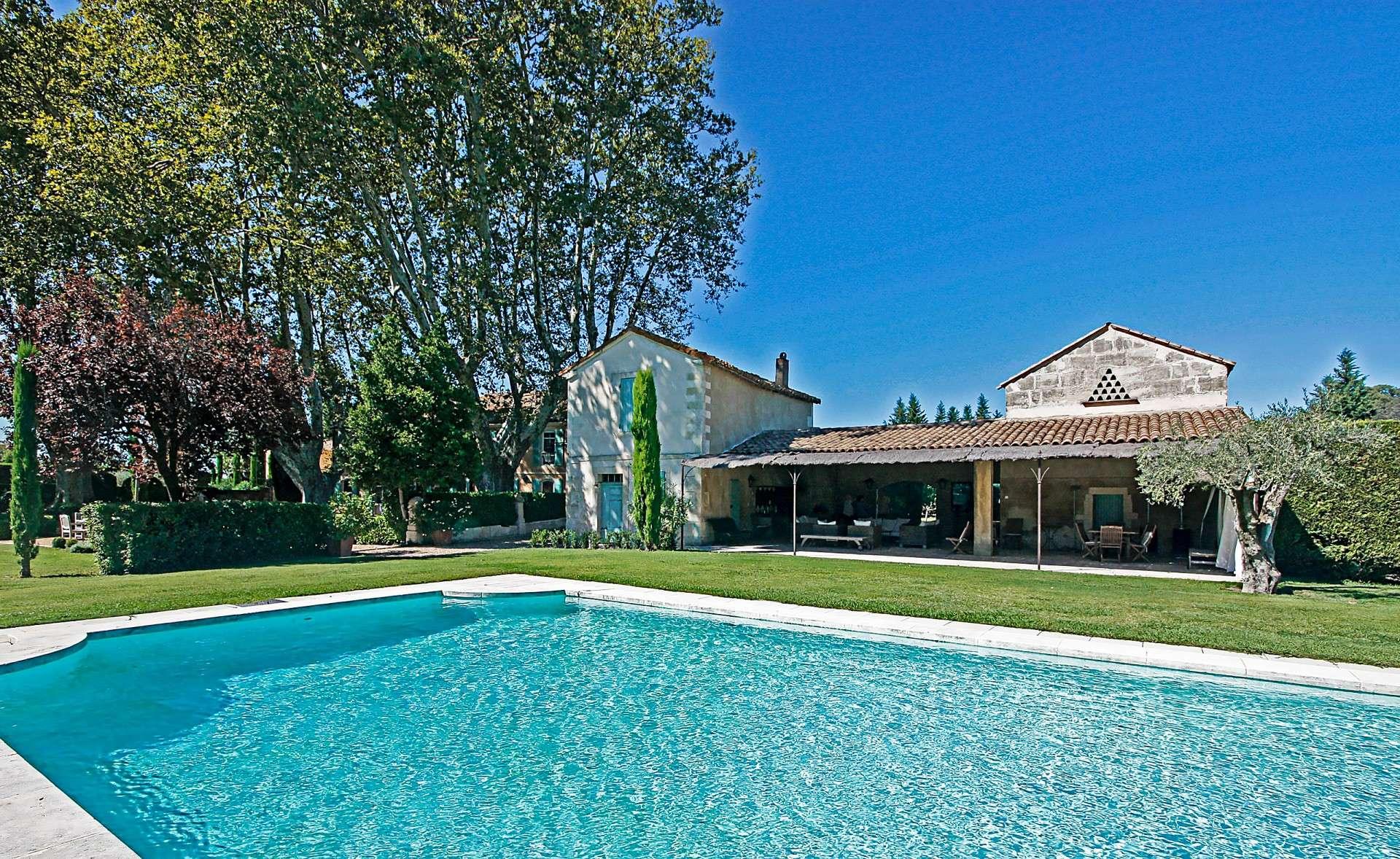 Luxury vacation rentals europe - France - Provence ih - St remy - Grande Bastide - Image 1/22