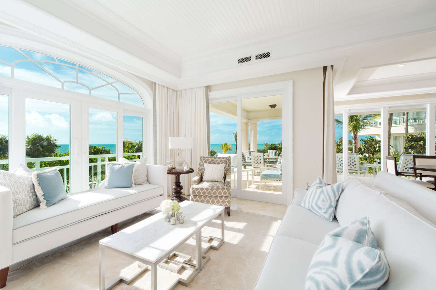 Luxury villa rentals caribbean - Turks and caicos - Providenciales - The shore club turks and caicos - Deluxe Oceanfront 1 BDM - Image 1/8