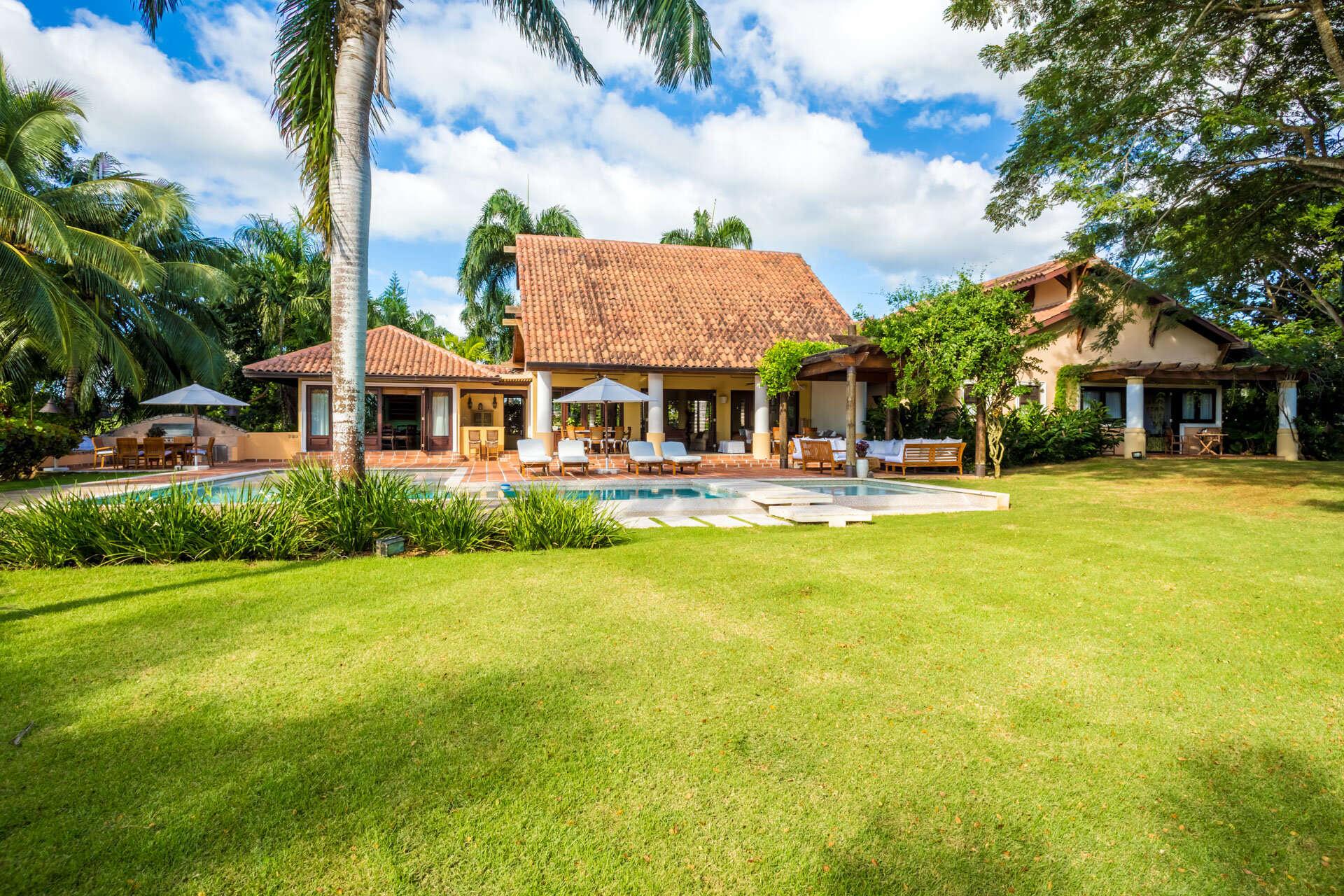 Luxury villa rentals caribbean - Dominican republic - Casa decampo - No location 4 - Las Colinas 16 - Image 1/16