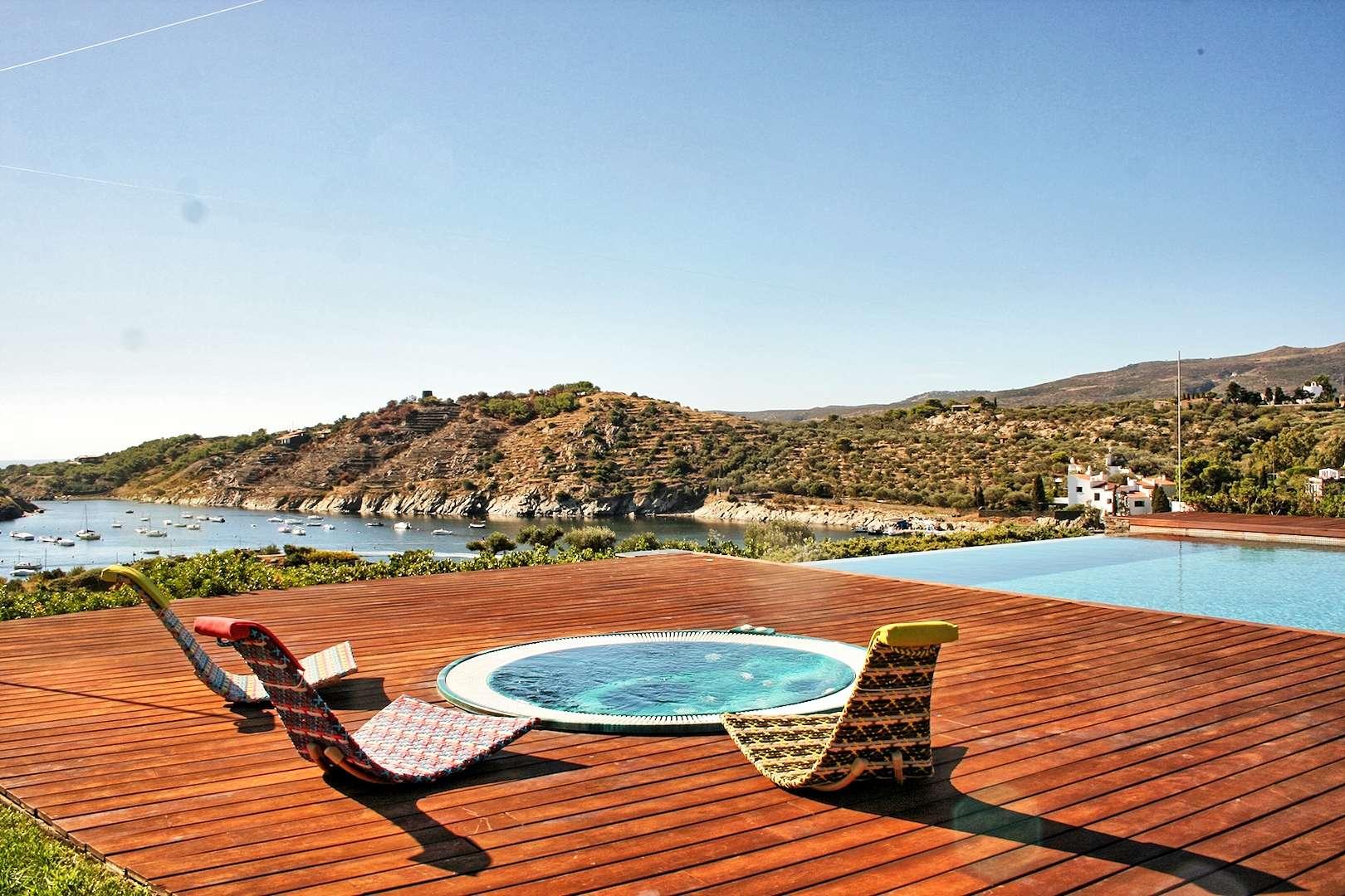 - Villa Olivia | Cadaques - Image 1/15