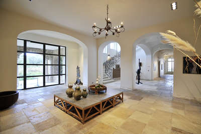 Luxury Villa Photo #7