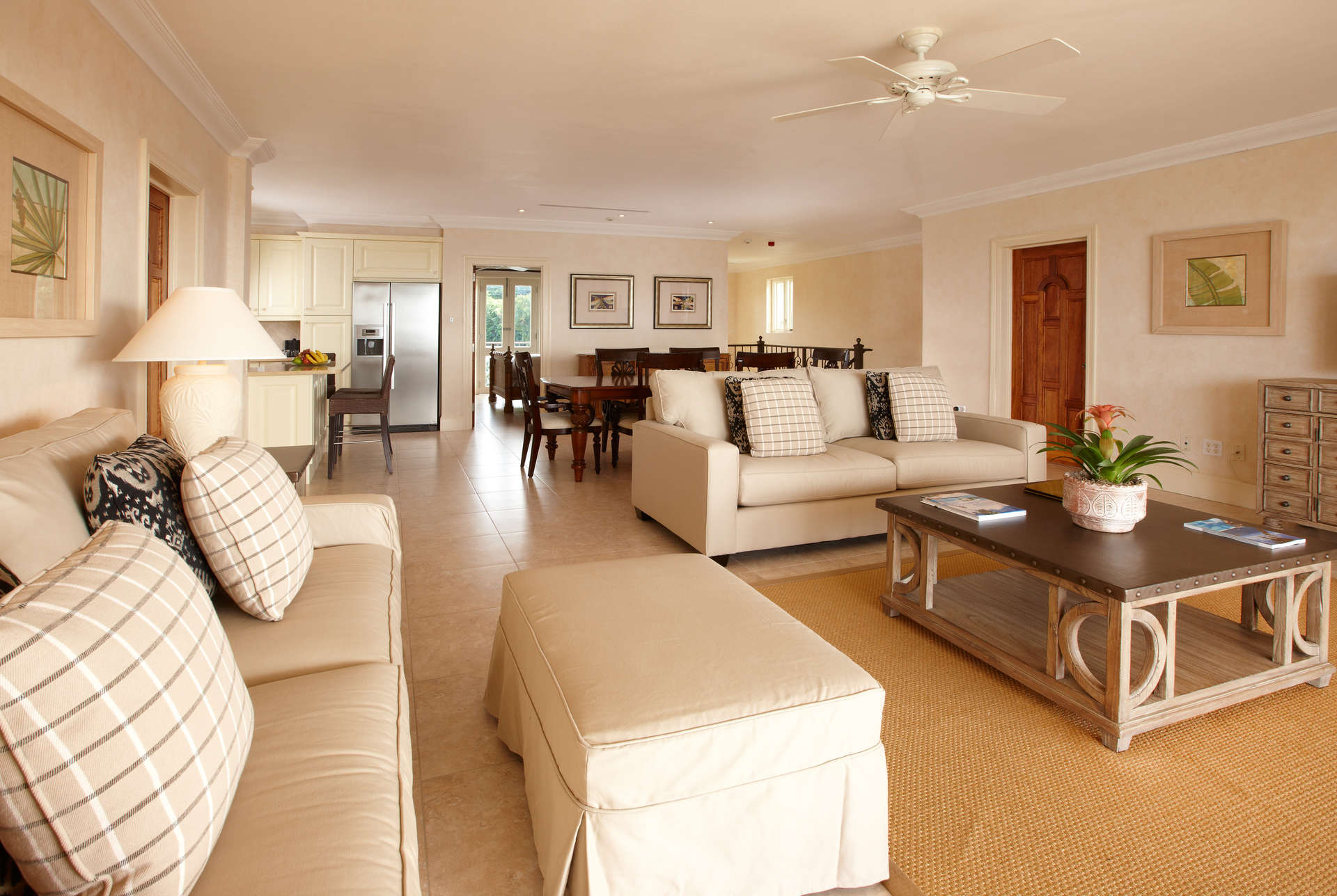 - The Cove Penthouse - Image 1/12