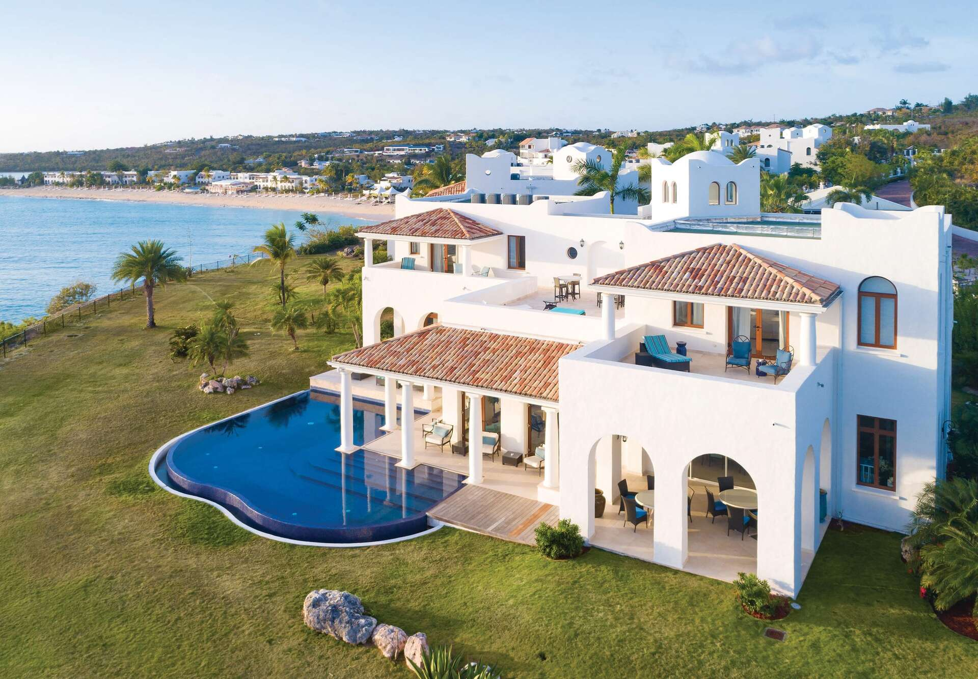 - 4 BDM Private Pool Villa - Image 1/18