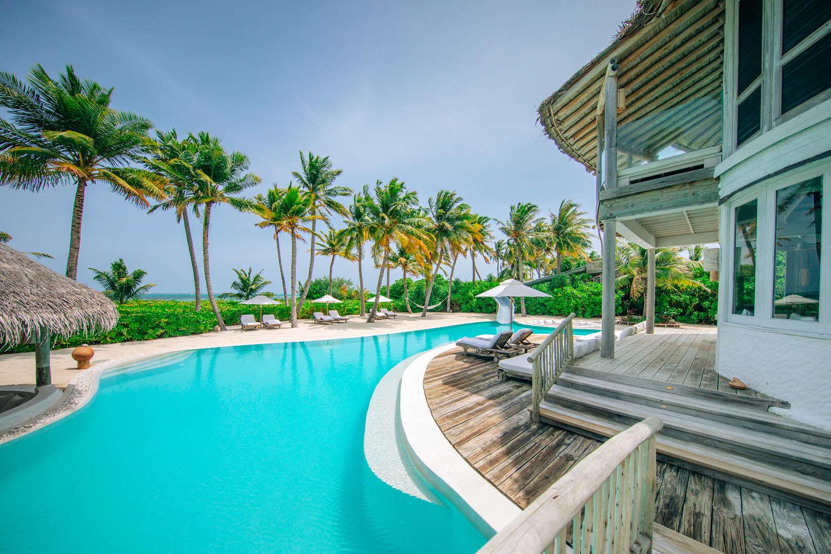 - 4 BDM Island Reserve with Slide - Image 1/54