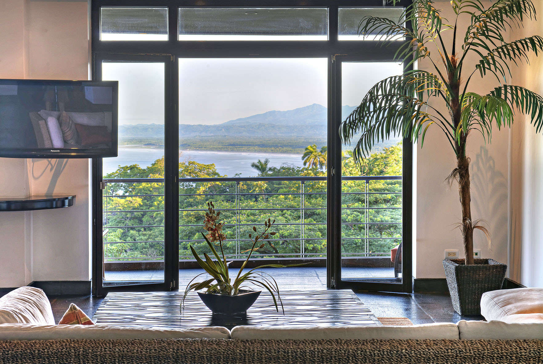 Central america villa rentals - Costa rica - Puntarenas - Los altosresort - Treetop and Ocean & Jungle View Suites - Image 1/12