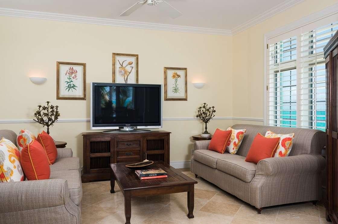 - Ocean Front Luxury Three Bedroom Suite - Image 1/8