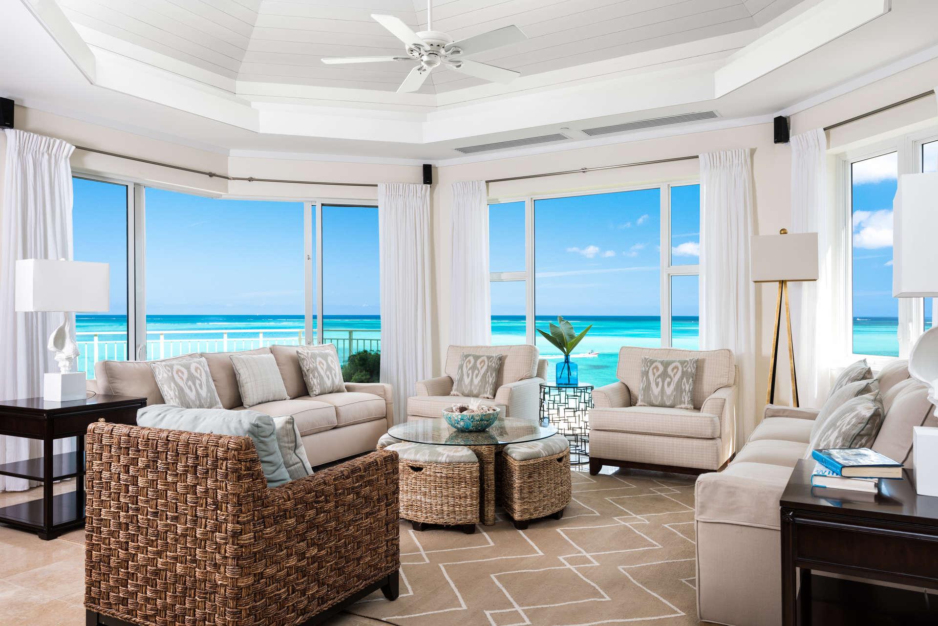 - Premier Ocean Front 3 Bedroom Suite - Image 1/7