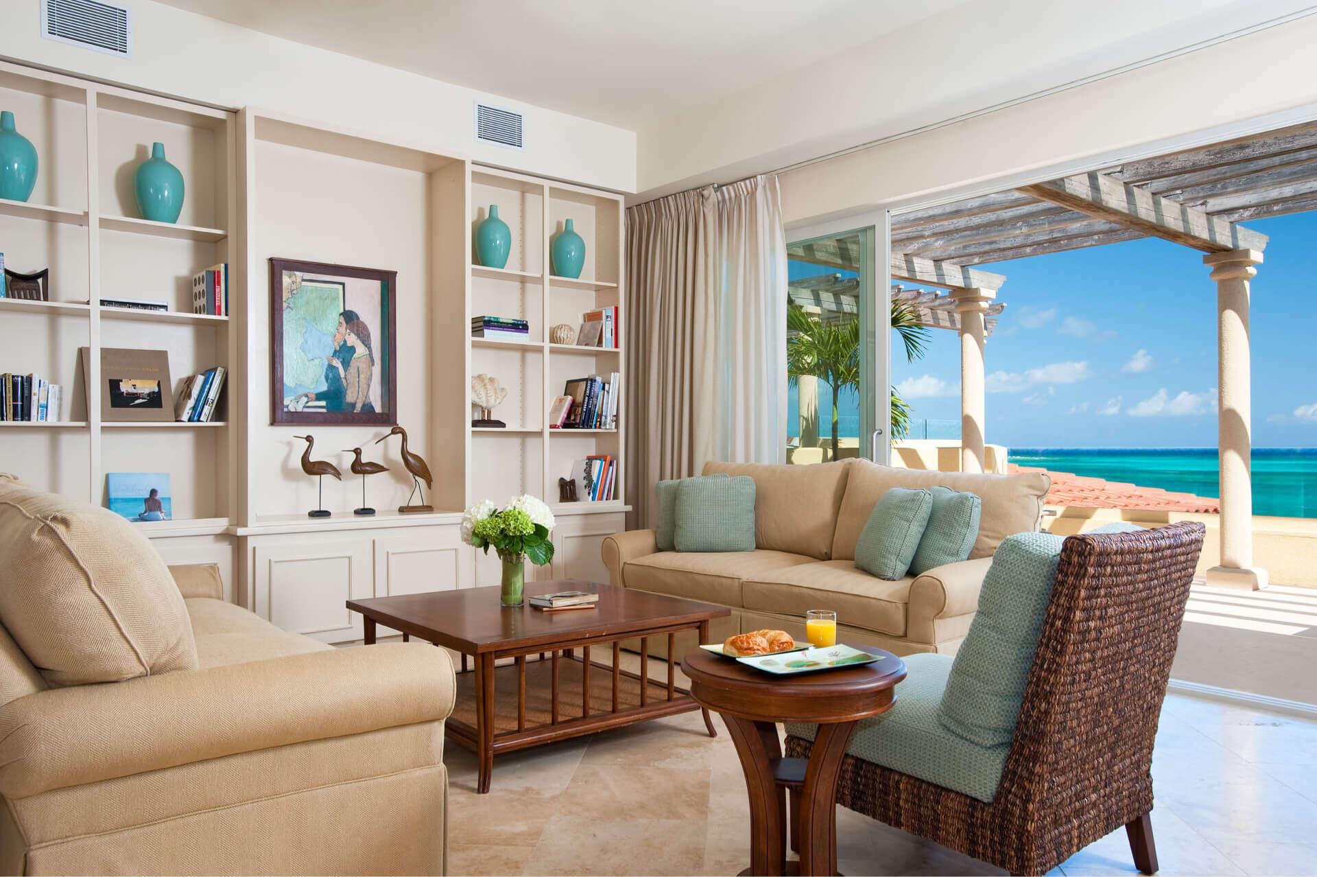 - Villa Penthouse Suite - Image 1/9