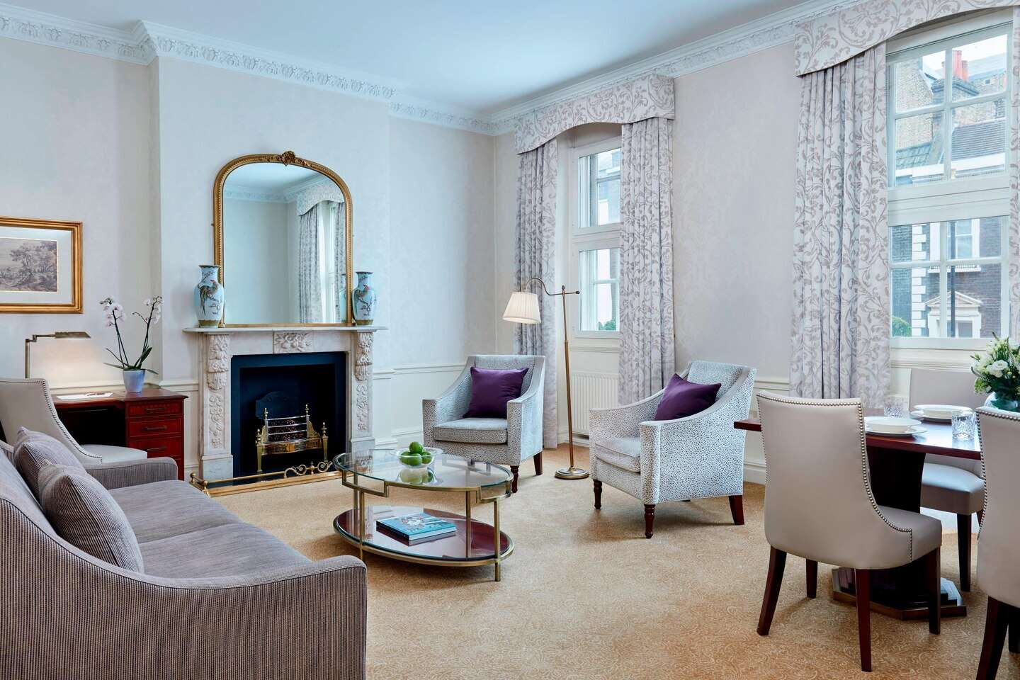 Luxury vacation rentals europe - United kingdom - London area - Grand residences by marriott mayfair - Deluxe 2 BDM - Image 1/9