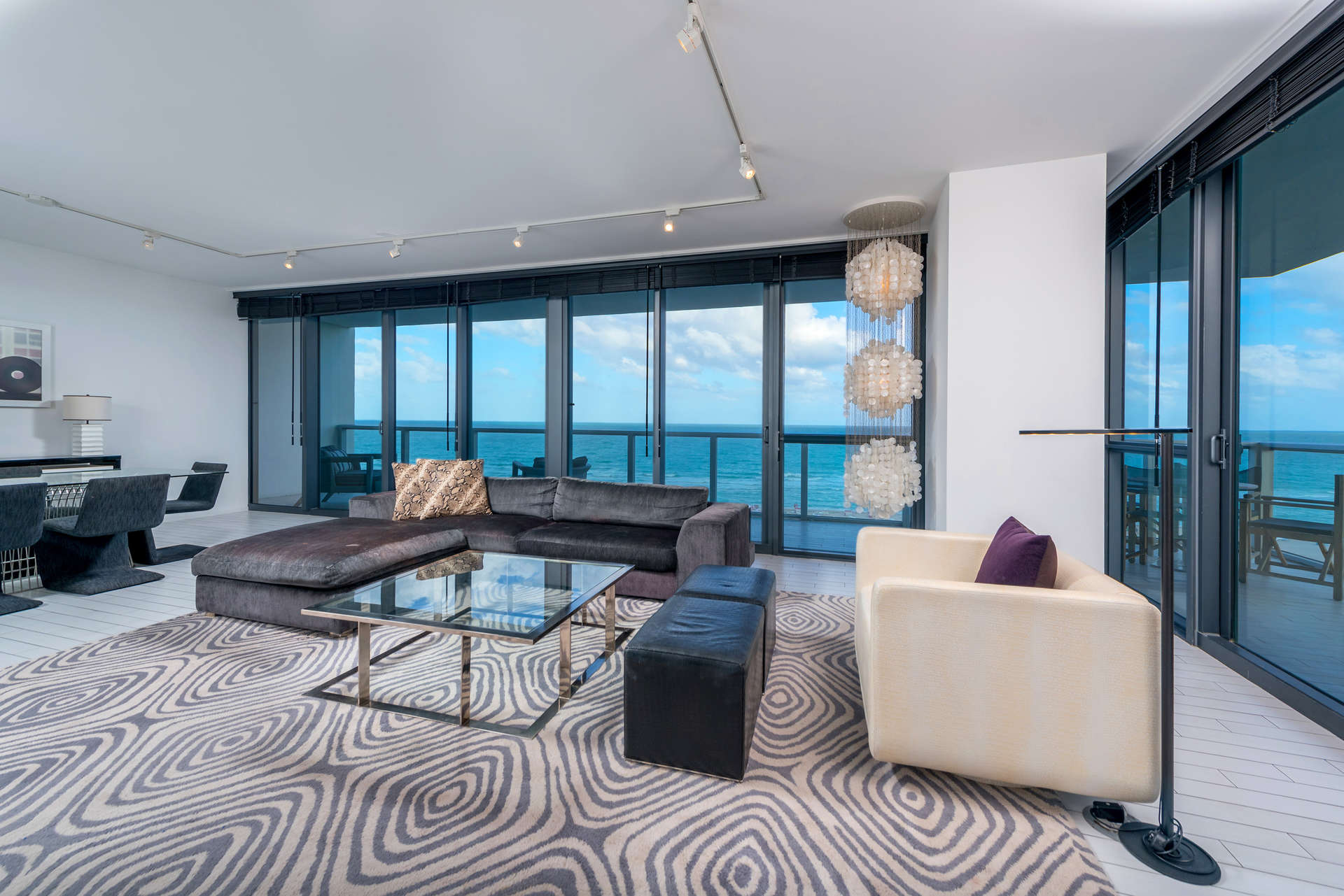 Luxury vacation rentals usa - Florida - Miami beach - W hotel south beach - #828 | 2 BDM with Den - Image 1/21