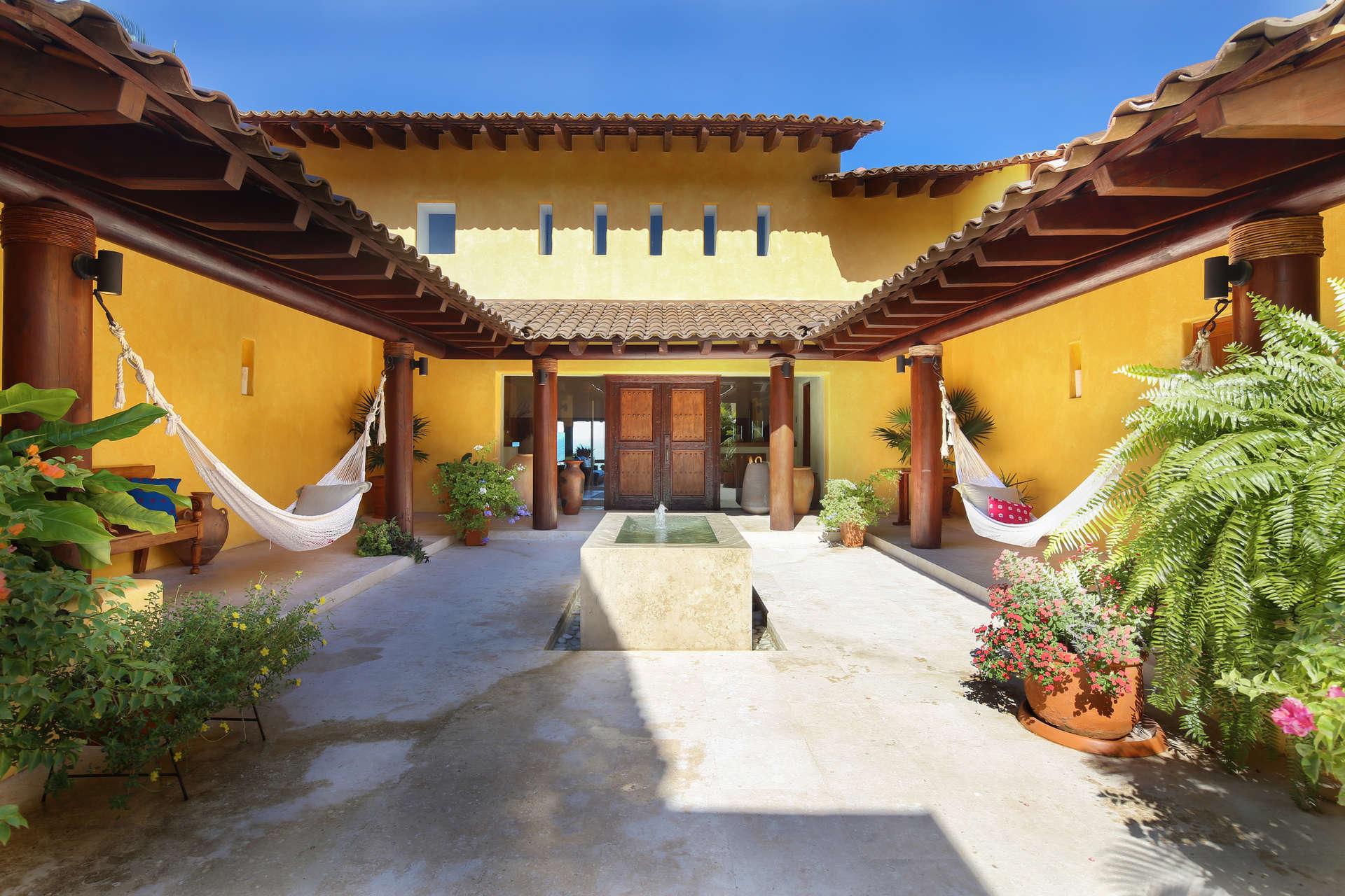 - Villa Avanti - Image 1/28