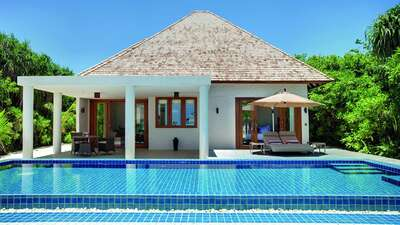 Deluxe Beach Residence with Lap Pool