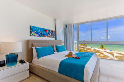 Deluxe Beachfront | 1 Bedroom