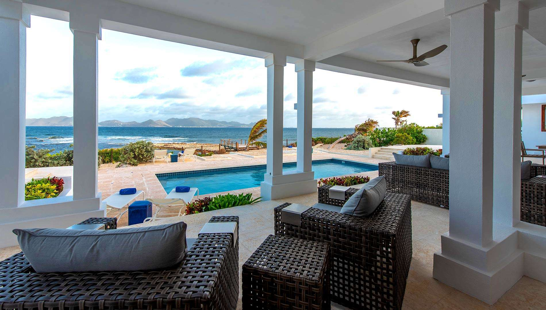 - Three Dolphins Beach Villa - Image 1/19