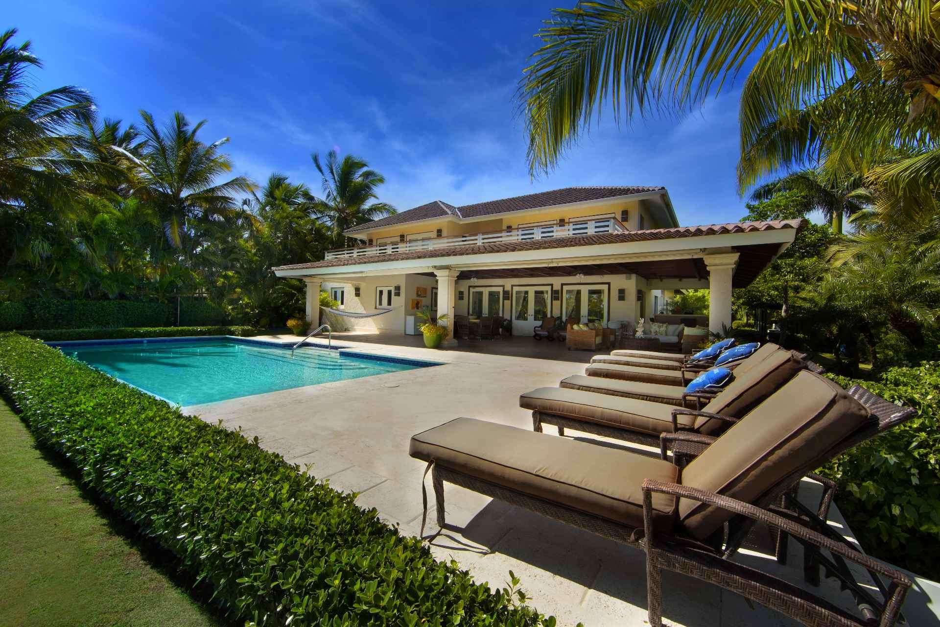- Villa Fortune - Image 1/22