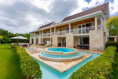Villa Las Lagunas