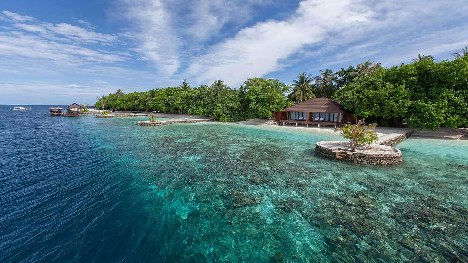 Luxury villa rentals asia - Maldives - Huvahandhoo - Lily beachresortandspa - Lagoon Villa - Image 1/7