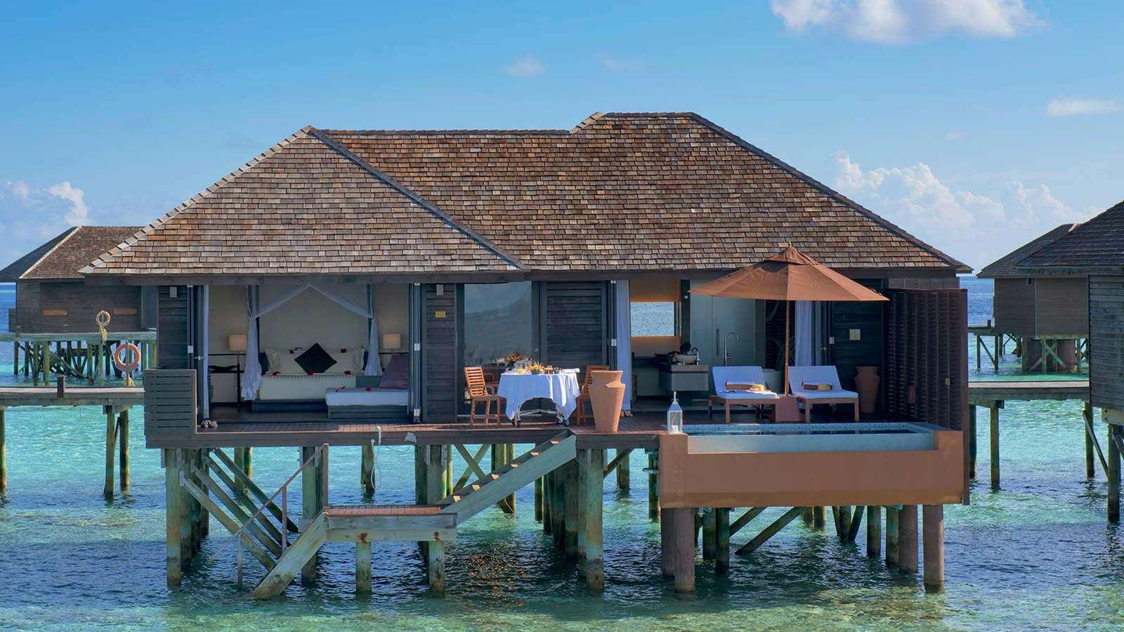 Luxury villa rentals asia - Maldives - Huvahandhoo - Lily beachresortandspa - Deluxe Water Villa - Image 1/9