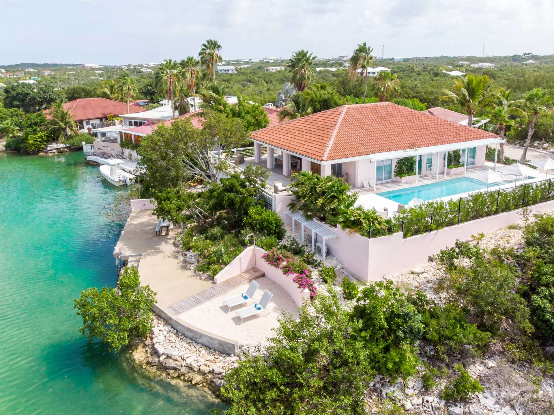 Luxury villa rentals caribbean - Turks and caicos - Providenciales - Cooper jackbaysettlement - Emerald Waters Villa - Image 1/31